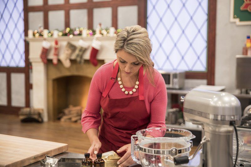 Christmas Cookie Challenge.Beverly Baker Wins Food Network Cookie Competition Local