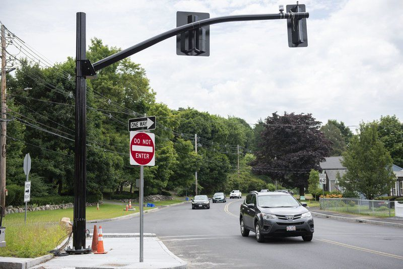 Lightsto be installed at Summer and Maple