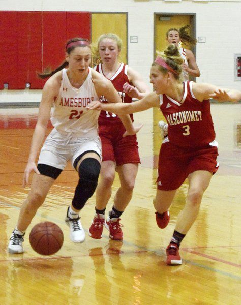 Masco drops third straight CAL game as Amesbury's Napoli reaches 1,000 points