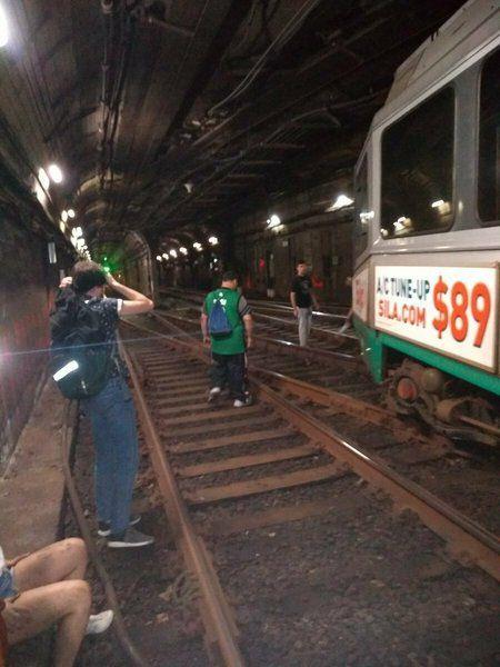 Subway service resumes after derailment