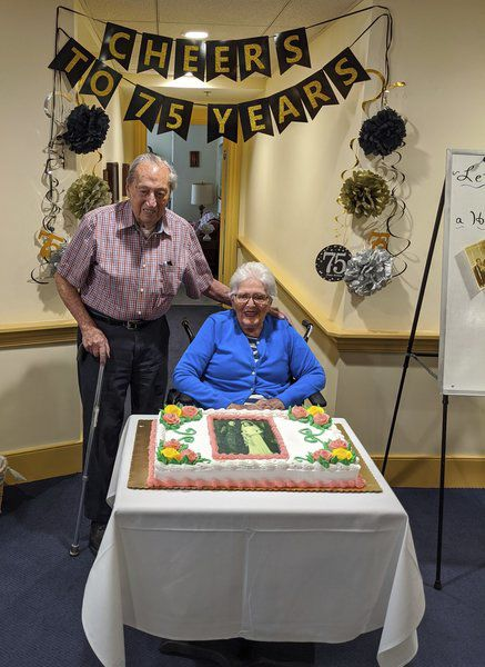 Pandemic doesn't stop couple's 75th anniversary celebration