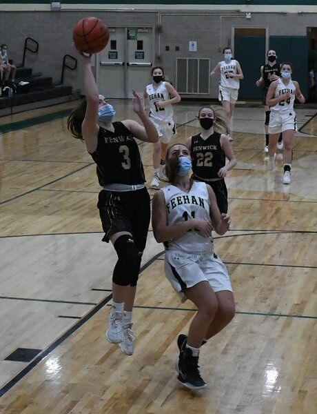 Wednesday's area roundup: Peabody girls pull out OT victory on the hardcourt