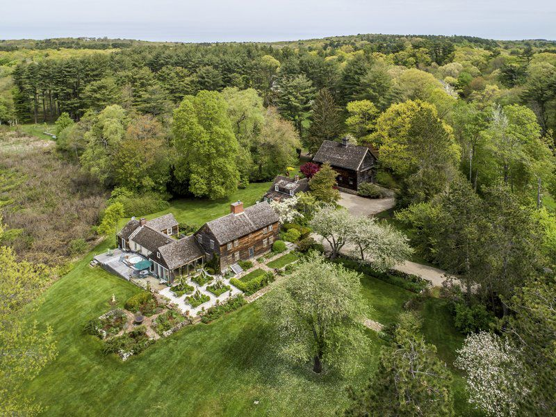 Unique offering in Essex affords a host of possibilities