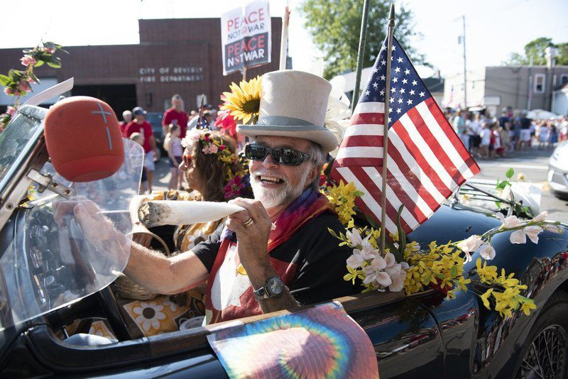 A Fourth of July tradition 'Toy Story,' pot and women's rights all part of horribles parades