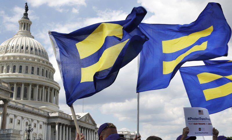 Reversing Trump, Pentagon releases new transgender policies