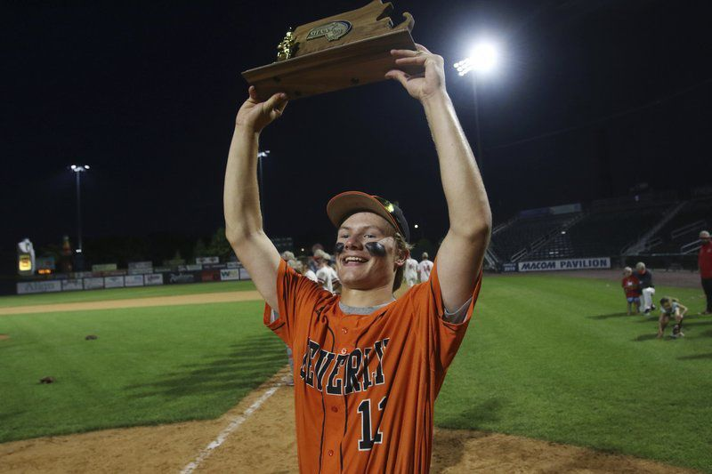 DECADE OF DOMINANCE: Who were the North Shore's best tournament teams from 2010-19, and what sport was best this past year?