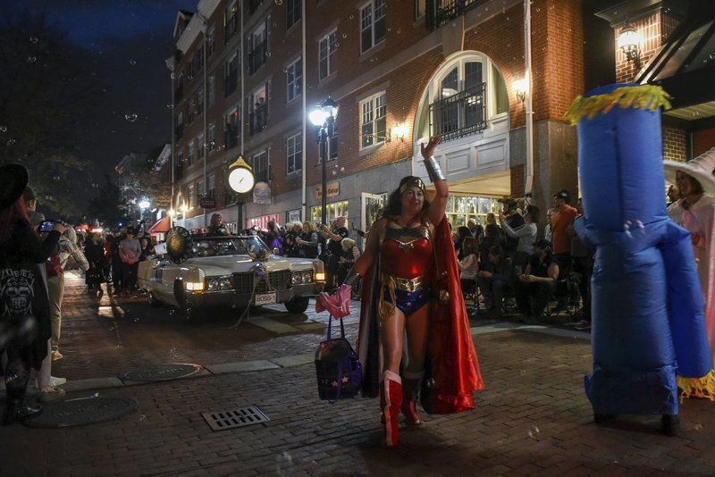 Salem's Haunted Happenings celebration begins with a parade