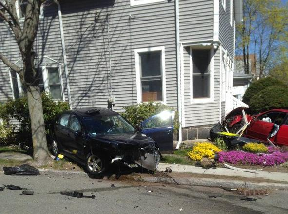 Two-car crash brings gas worries to Peabody's Clement Avenue | News