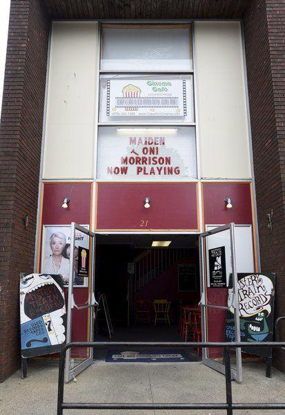 Cinema leaving Main Street in Gloucester