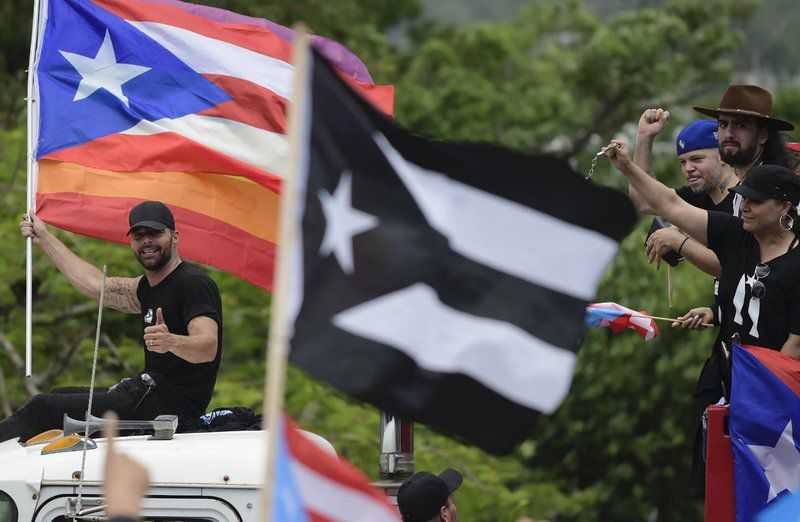 Puerto Ricans demand governor resign