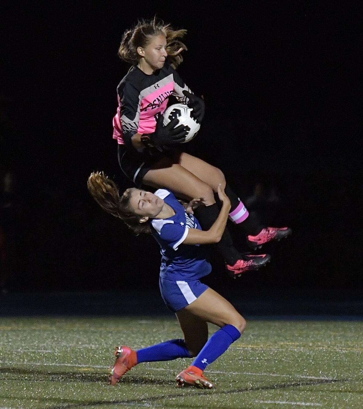Danvers, Fenwick girls both unbeaten after scoreless tie