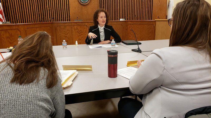 Salem superintendent finalists highlight differences