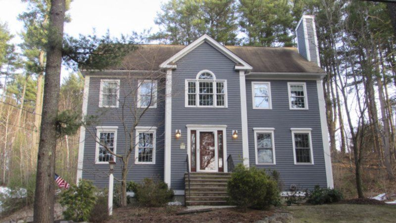 Like-new Colonial in Rowley offers space and flexibility
