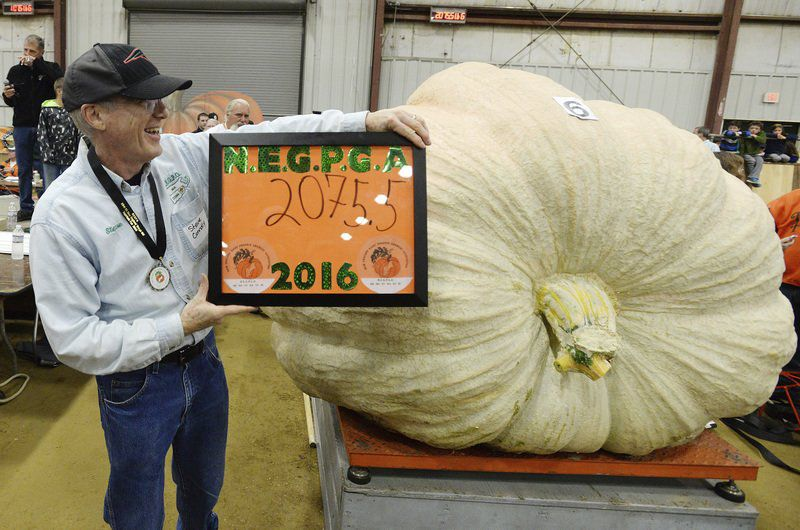 Then And Now Topsfield Fairs Giant Pumpkin Weigh Off Local News