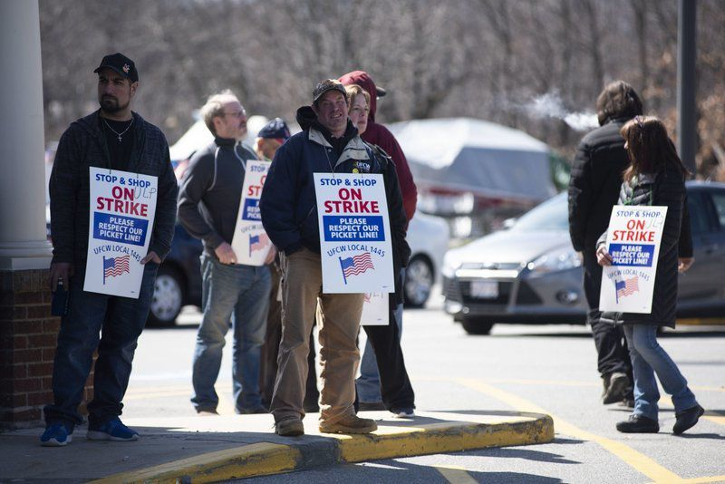 Local Stop & Shop workers go on strike | Local News | salemnews com