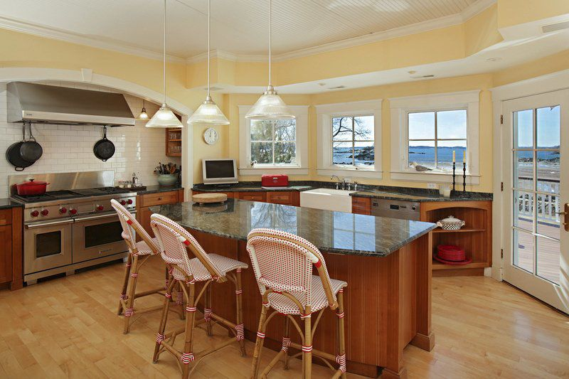 Seaside manse in Manchester brings elegance to forefront