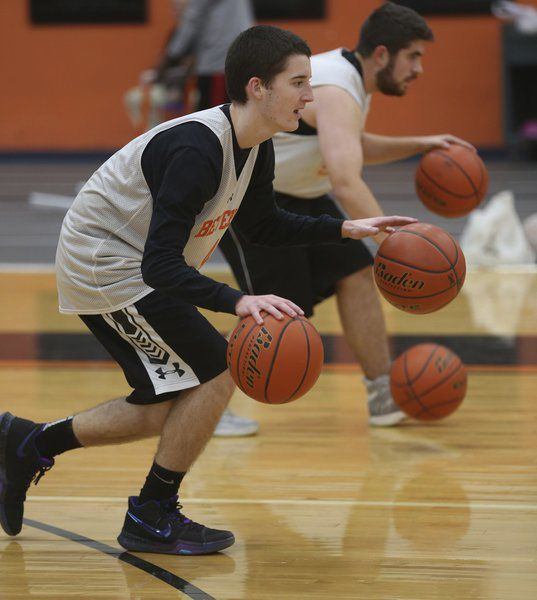 New faces, new coach eager to get things rolling for Beverly hoopsters