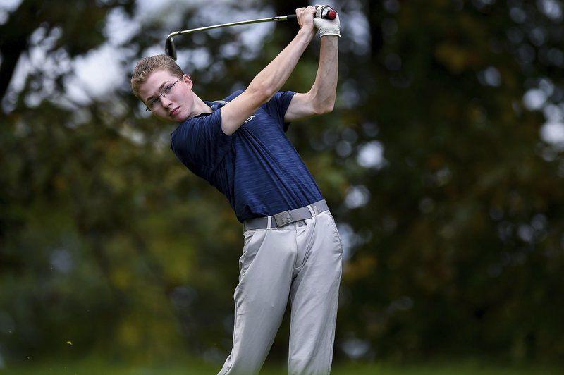 Big Blue top Marblehead, earn tournament berth