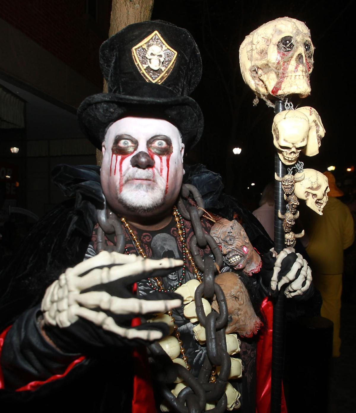 SLIDESHOW: Halloween in Salem 2014   Gallery   salemnews.com