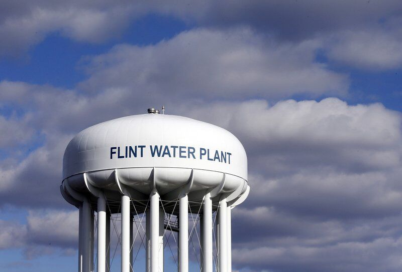 Ex-Governor, others face indictment in Flint water probe