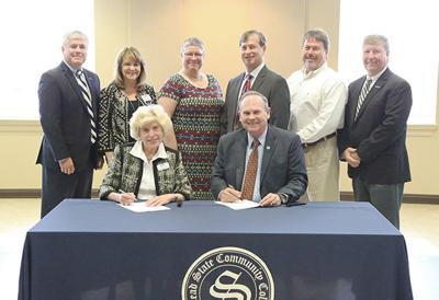 Snead State Community College and UAH make partnership