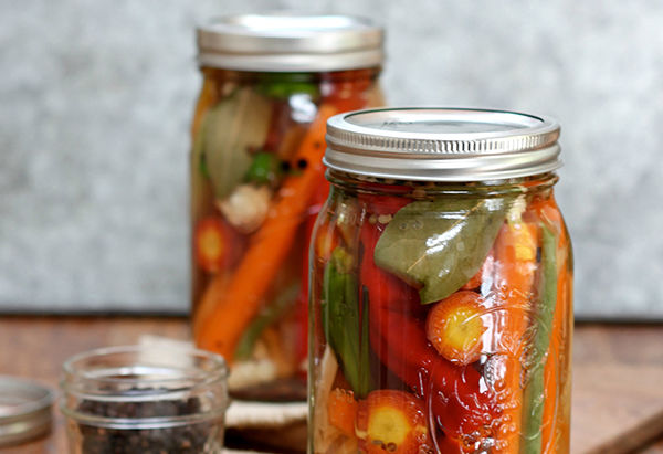 Quick Summer Pickles