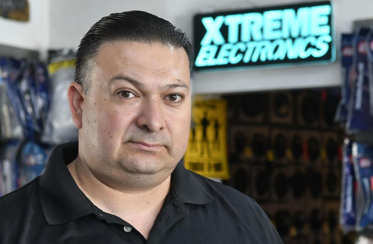 110218 Biz Connect Extreme Electronics 04.jpg