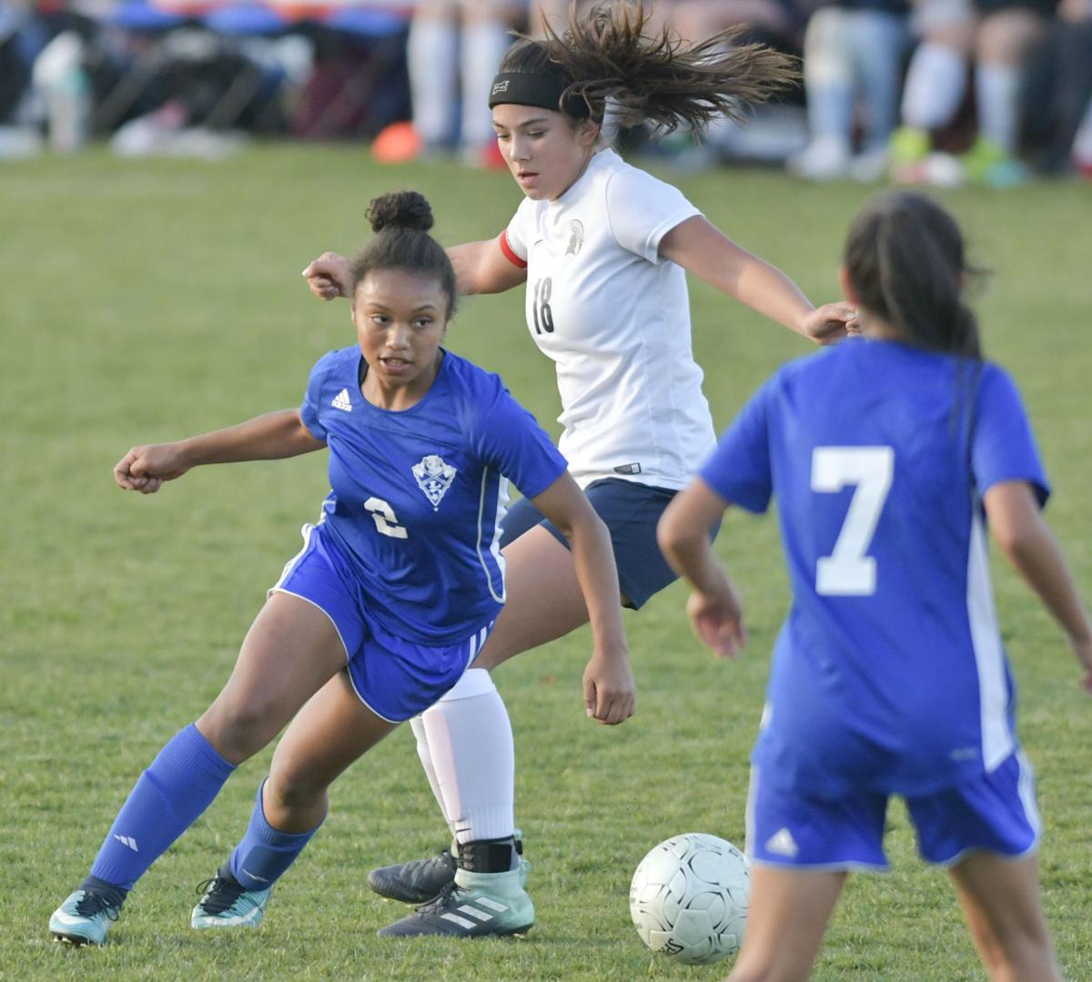 012218 LHS OA g soccer 02.jpg