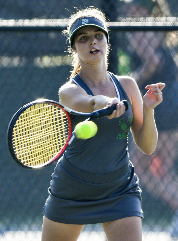 110719 Centennial SJ tennis 05.jpg