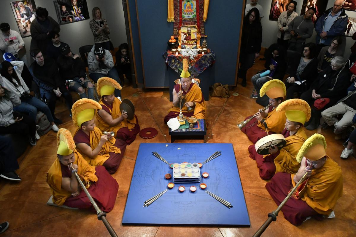 Tibetan monks return to Hancock College to create sand