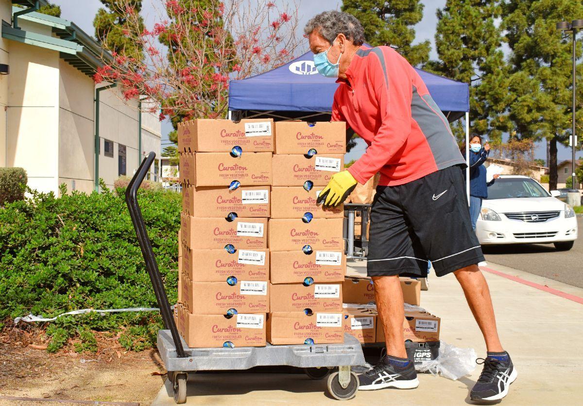 011921-smt-news-ahc-food-distribution-001
