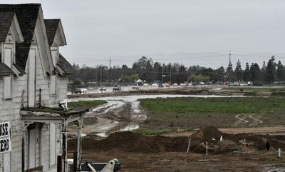 Enos Ranchos school site