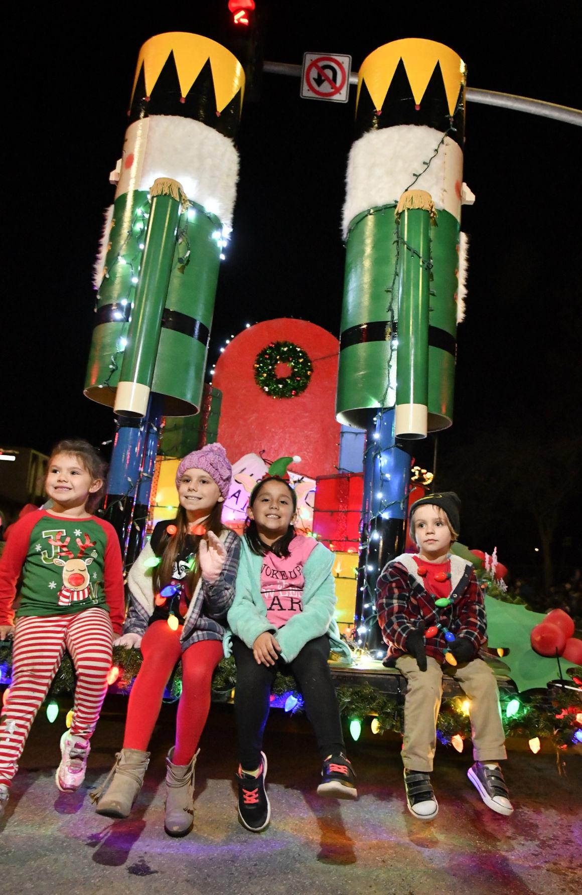 120718 Lompoc Christmas parade 02.jpg