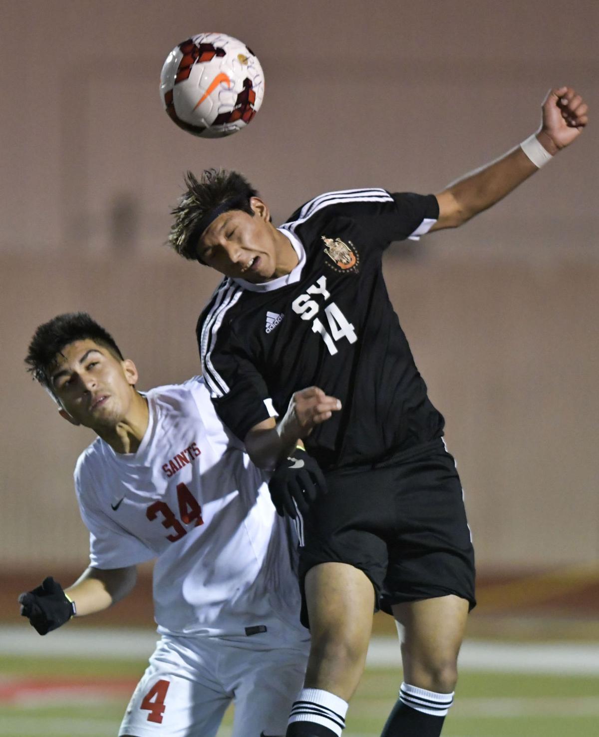 011118 SY SM b soccer 02.jpg