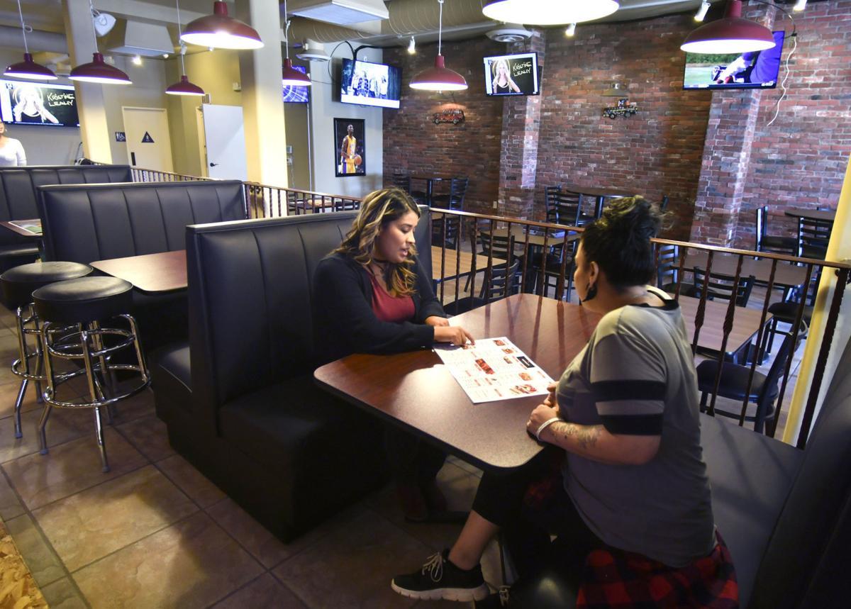 103118 Anthony's Restaurant 02.jpg