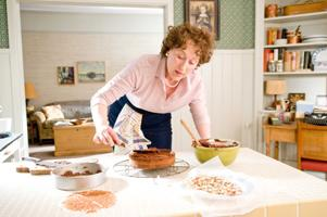 Movie review: 'Julie & Julia': Tale of 2 women?s lives charming, entertaining