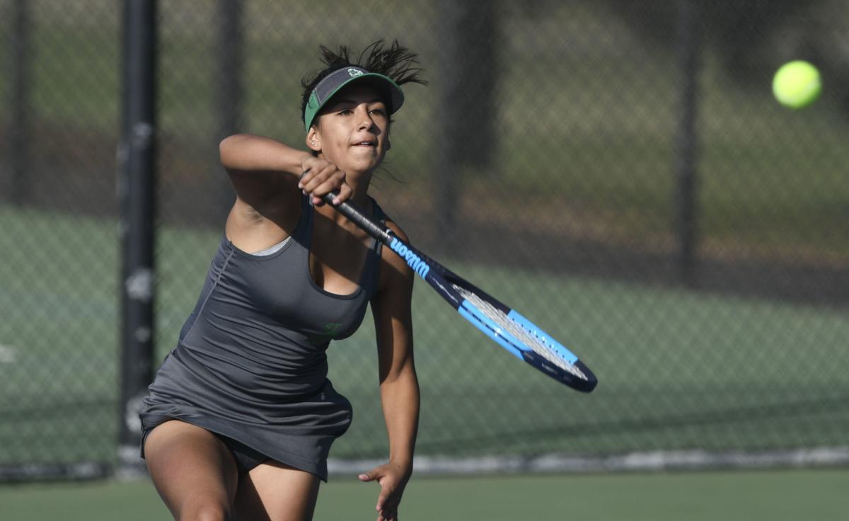 110719 Centennial SJ tennis 02.jpg