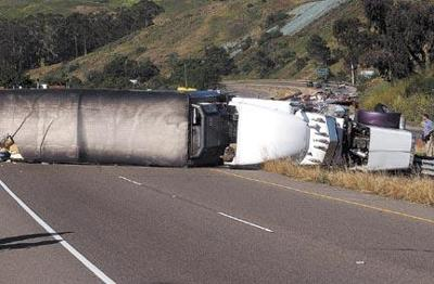 Big-rig accident clogs up 101 traffic for hours | Local News