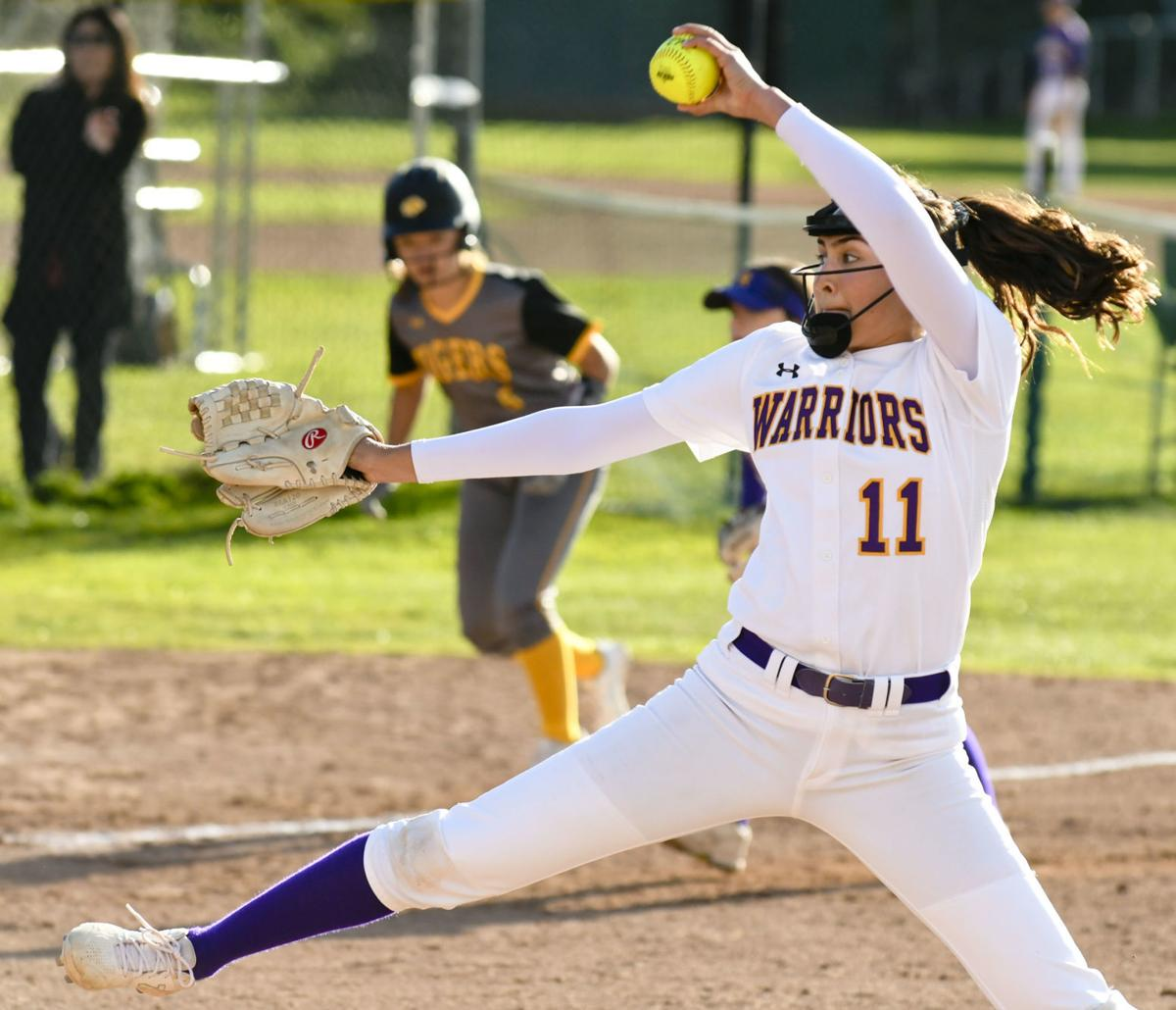 032119 SLO Righetti softball 01.jpg