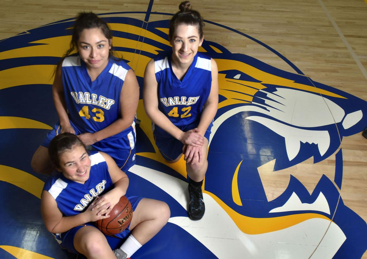 saragosa girls Parque zaragoza recreation center offers programs which focus on cultural and athletic activities for youth, adult sports and leisure activities, teen activities, totally cool totally art and special events.