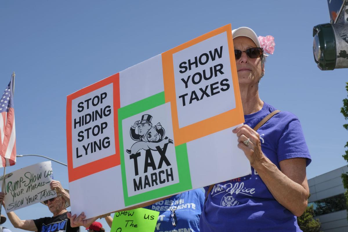 041517 Trump Tax Rally 01.jpg