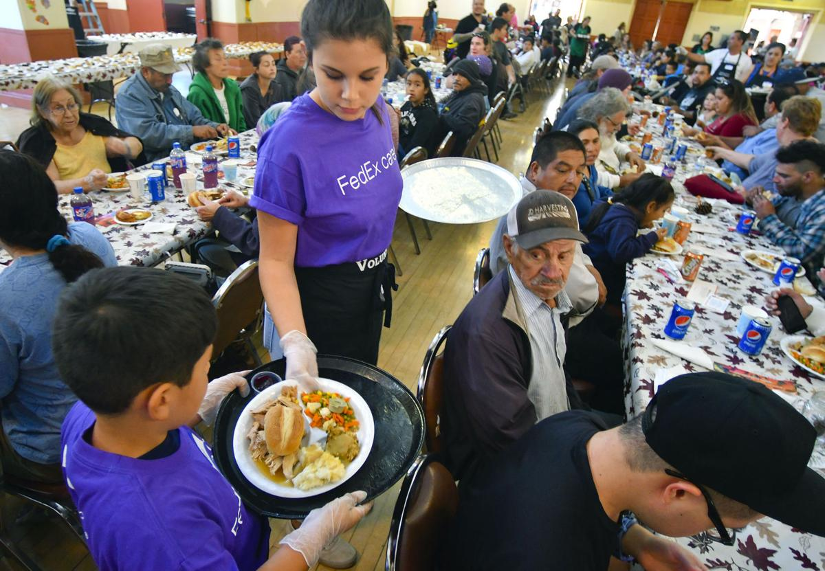 111717 Rescue Mission Thanksgiving 01.jpg