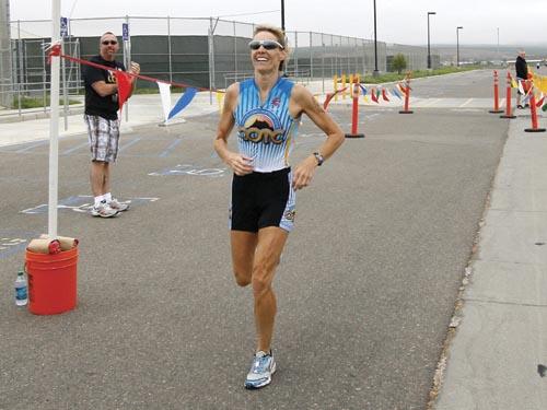 Triathletes Tri-the-Bull