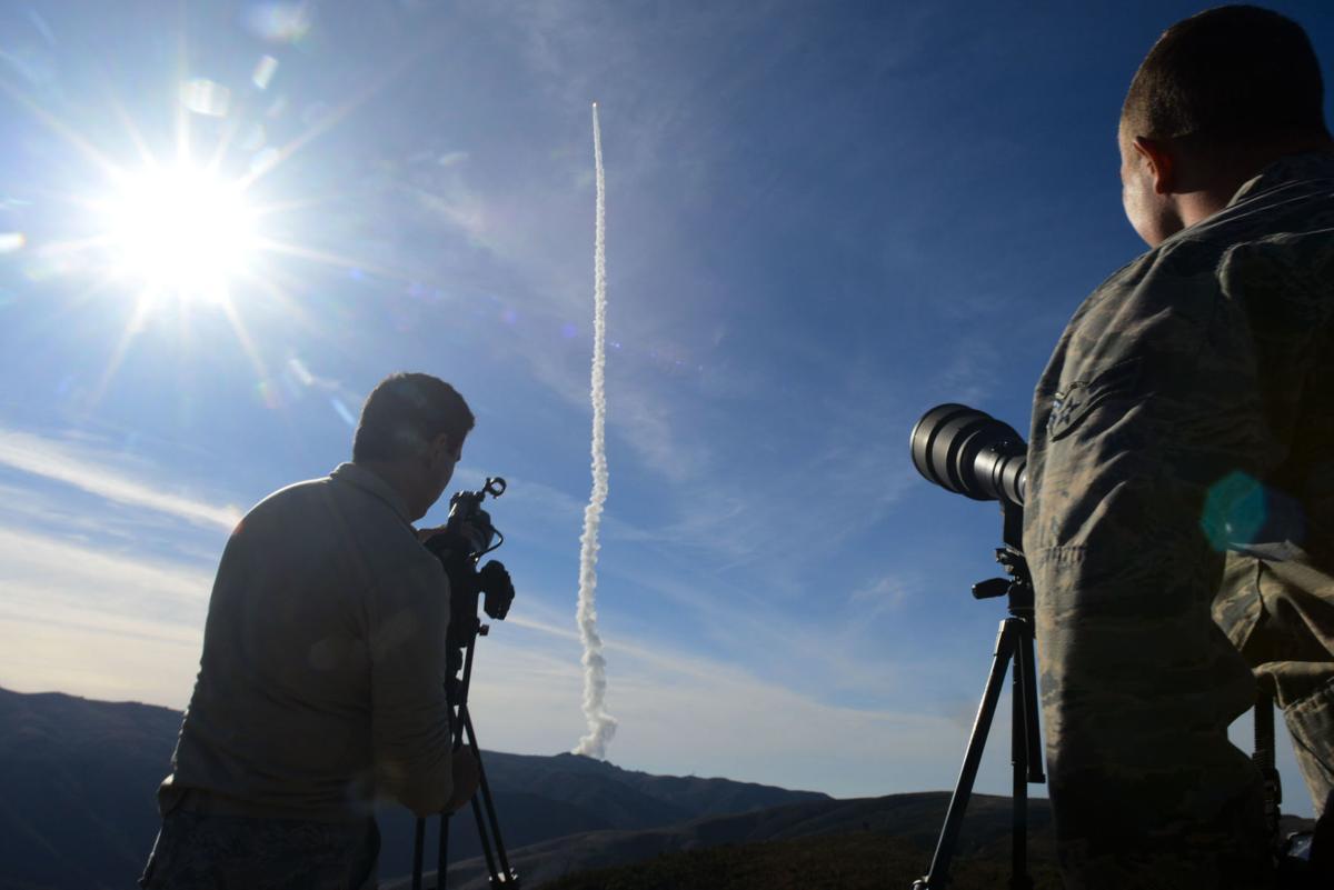 011218 Delta IV NROL-47 launch 02.jpg