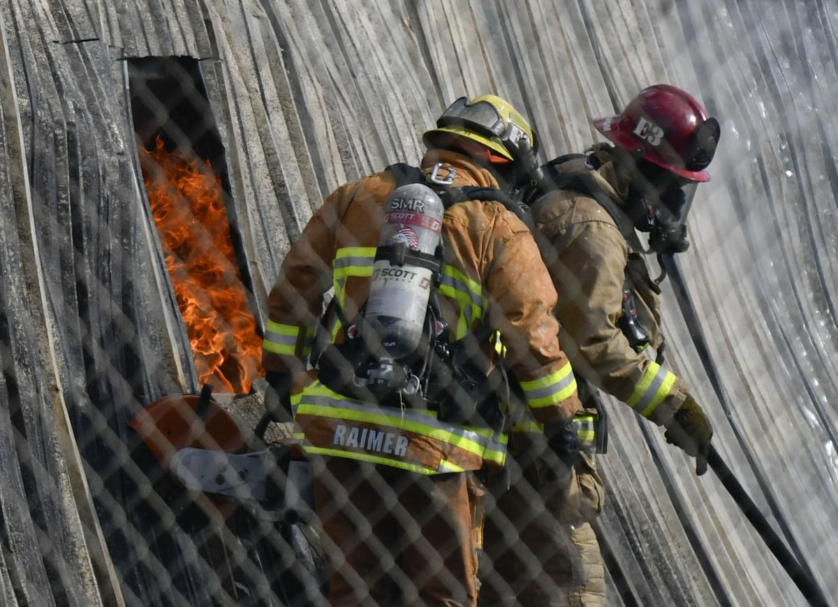 041618 Stowell fire 04.jpg
