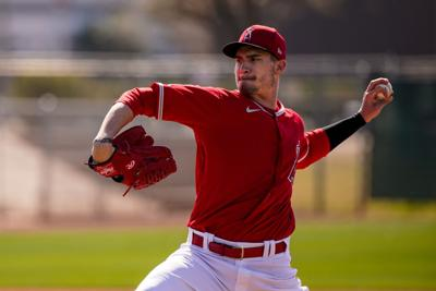 Los Angeles Angels right-handed pitcher Andrew Heaney (28) pitches during spring training on Tuesday, Feb. 18, 2020 at Tempe Diablo Stadium in Tempe, Ariz.