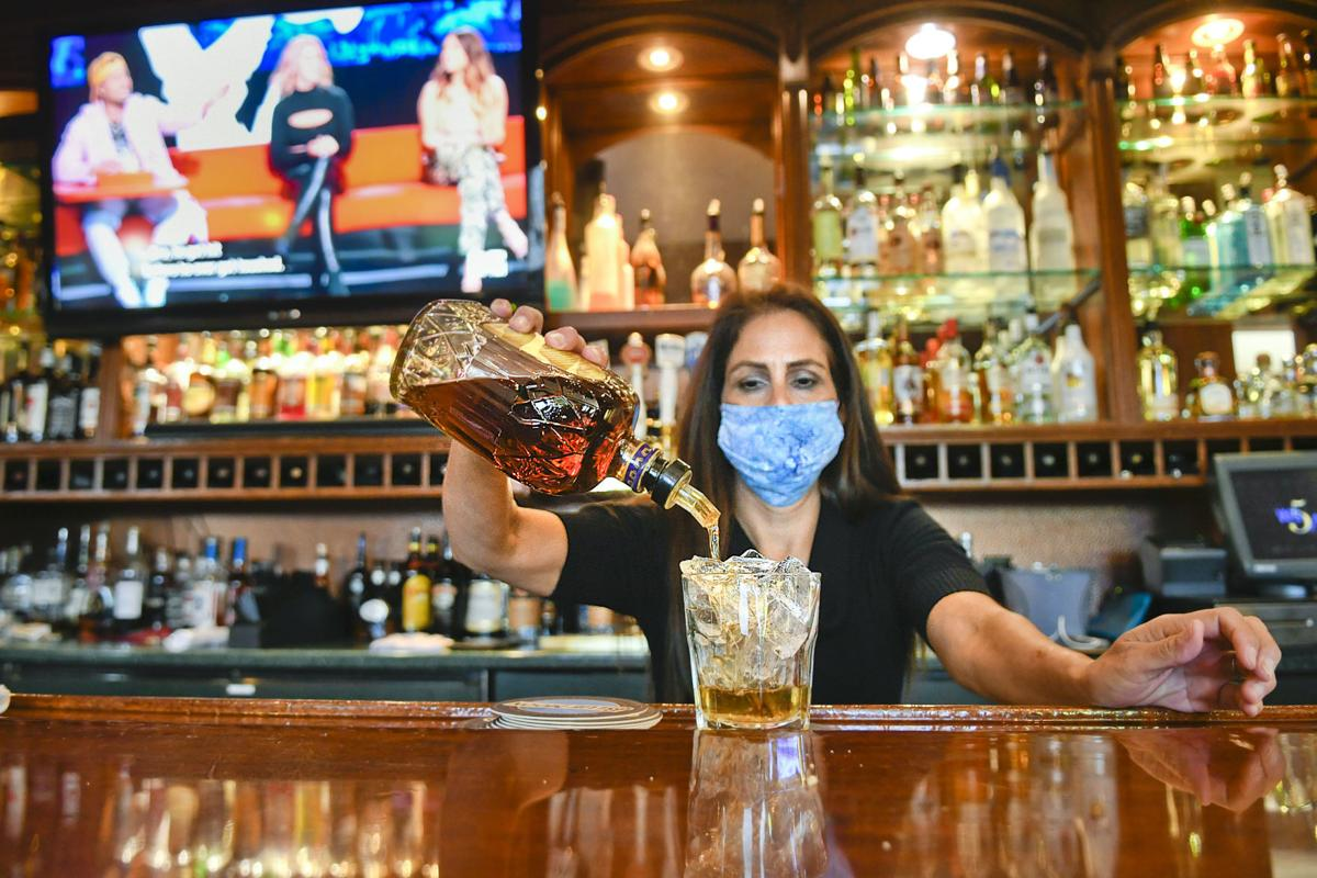 Santa Maria Inn bar (ESPN)