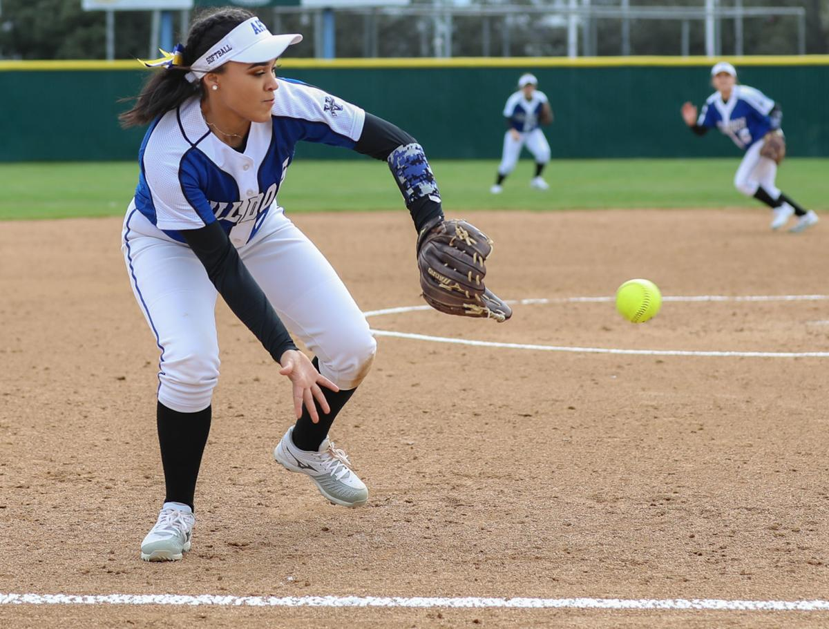 022619 AHC vs SBCC Softball 05.jpg
