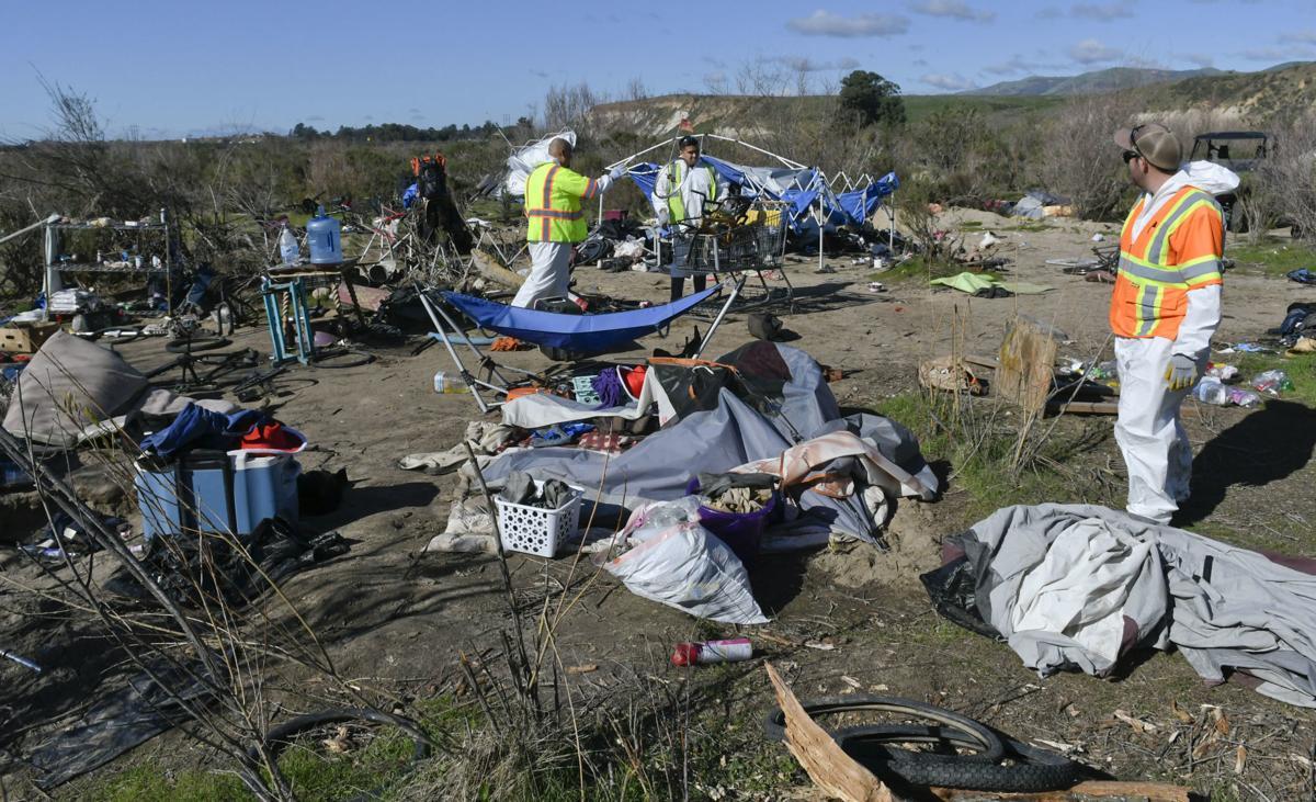 012120 SM River homeless camp 01.jpg