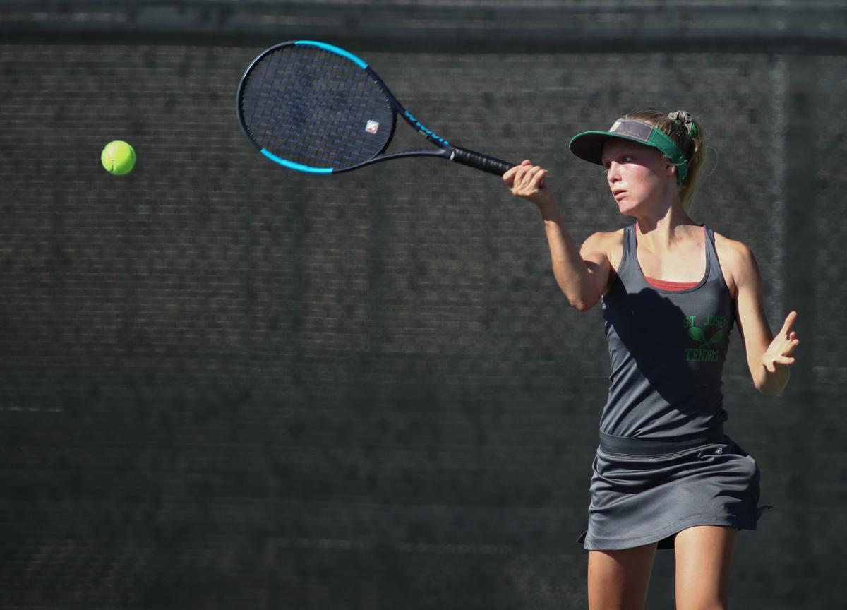 091719 St Joseph vs SLO Tennis 05.jpg